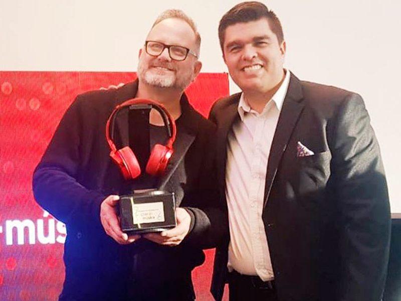Marcos Witt  galardonado en Colombia por Claro música