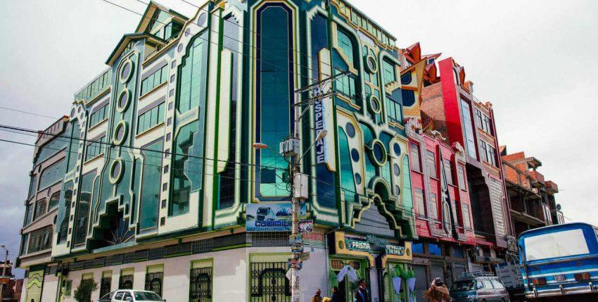 La colorida arquitectura andina de la ciudad de El Alto