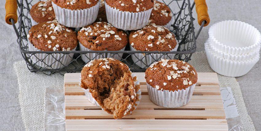 Muffins de puré de manzana y avena con leche de almendra