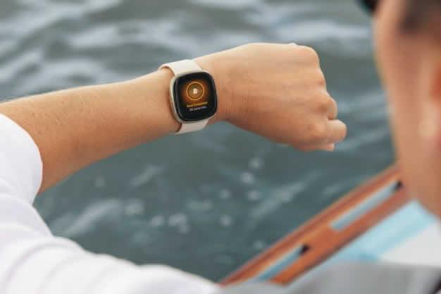 Google ya tendría a Fitbit en el bolsillo